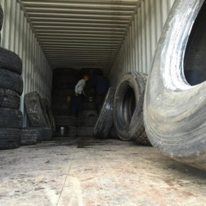 loading used tyres for export